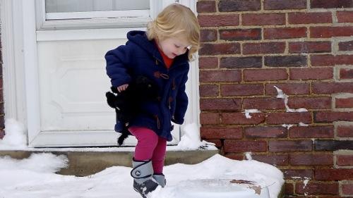 Snow stomp